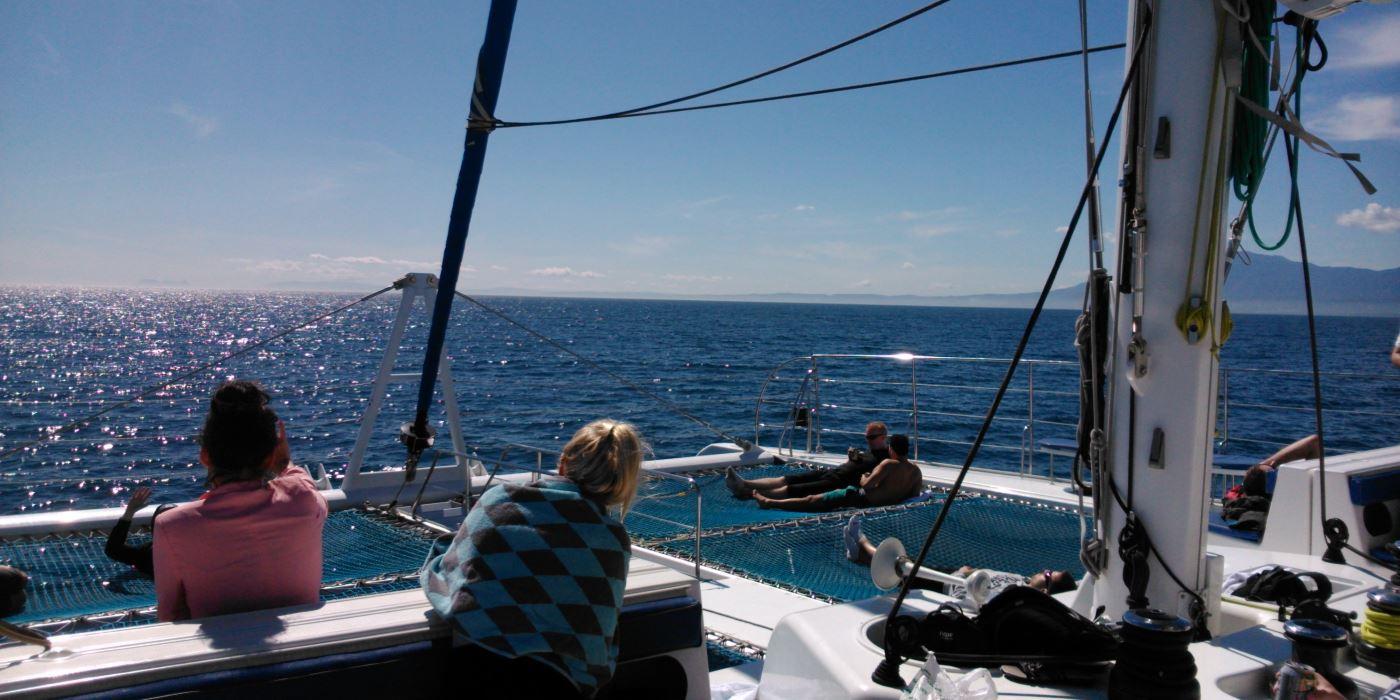 ferry banus marbella paseos en barco malaga
