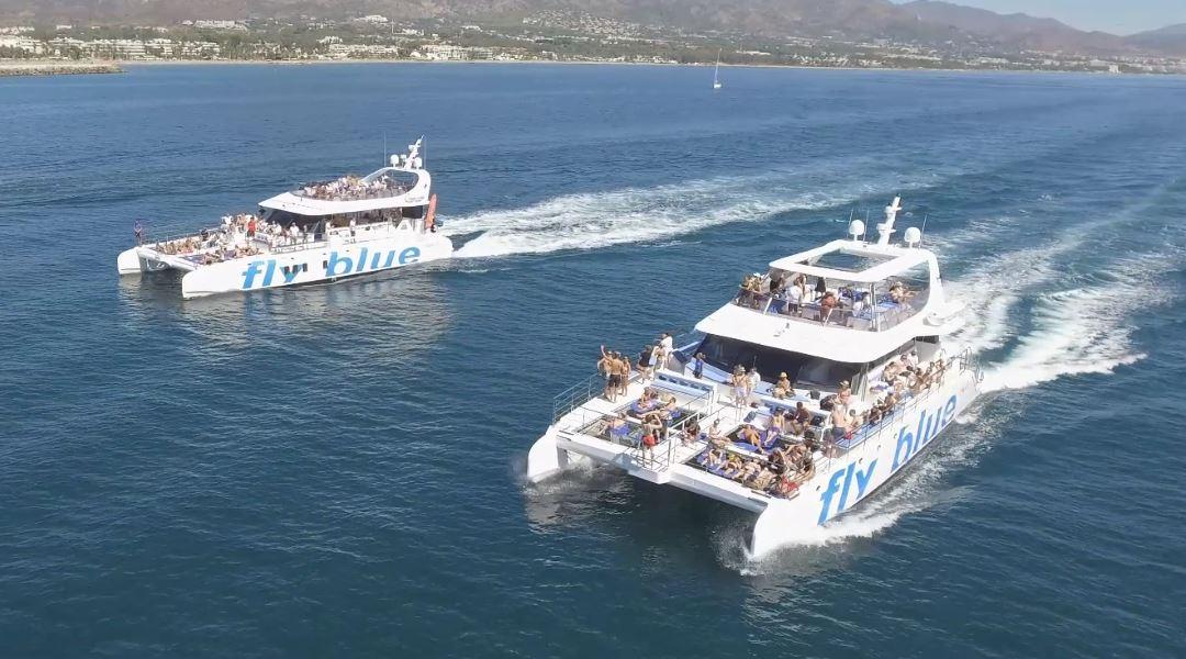 gran catamaran marbella paseos yate lujo malaga paseo barco